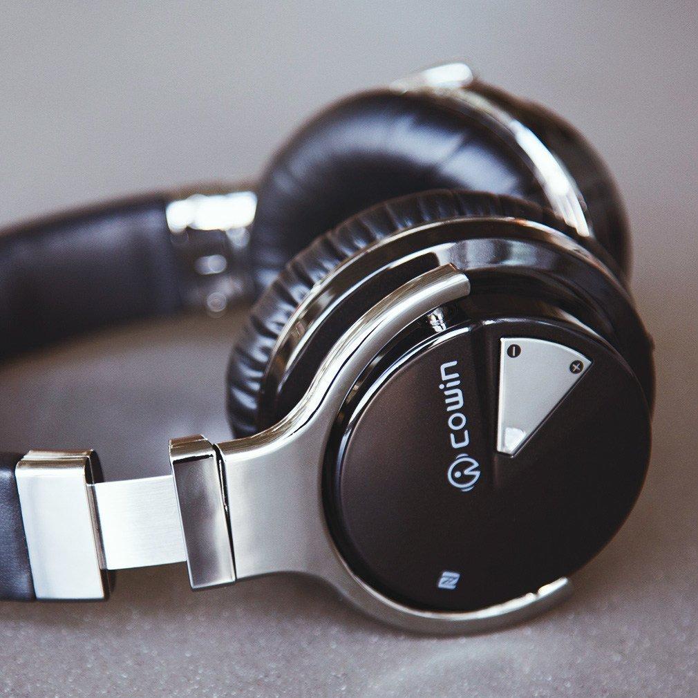 Cowin E-7 Active Noise Cancelling Headphones Review